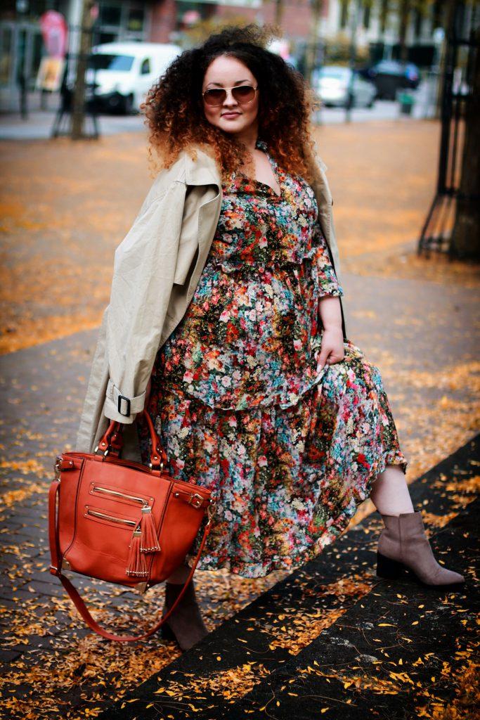 Mia_infatstyle_Kleid mit Stiefeletten_blog_outfit
