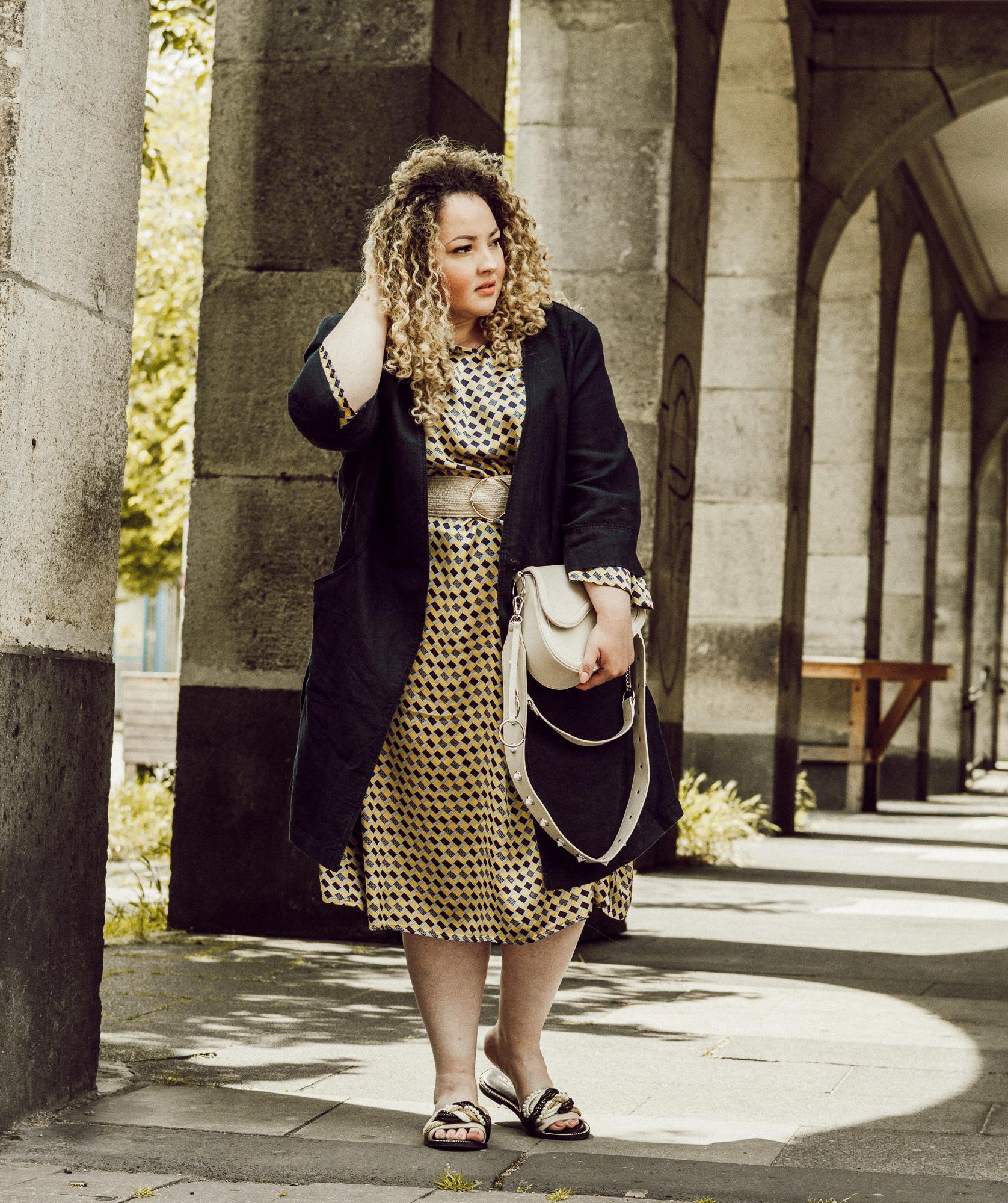 mia_infatstyle_@infatstyle:_blogger_curvy_große_größen_mode_fashion_blog.