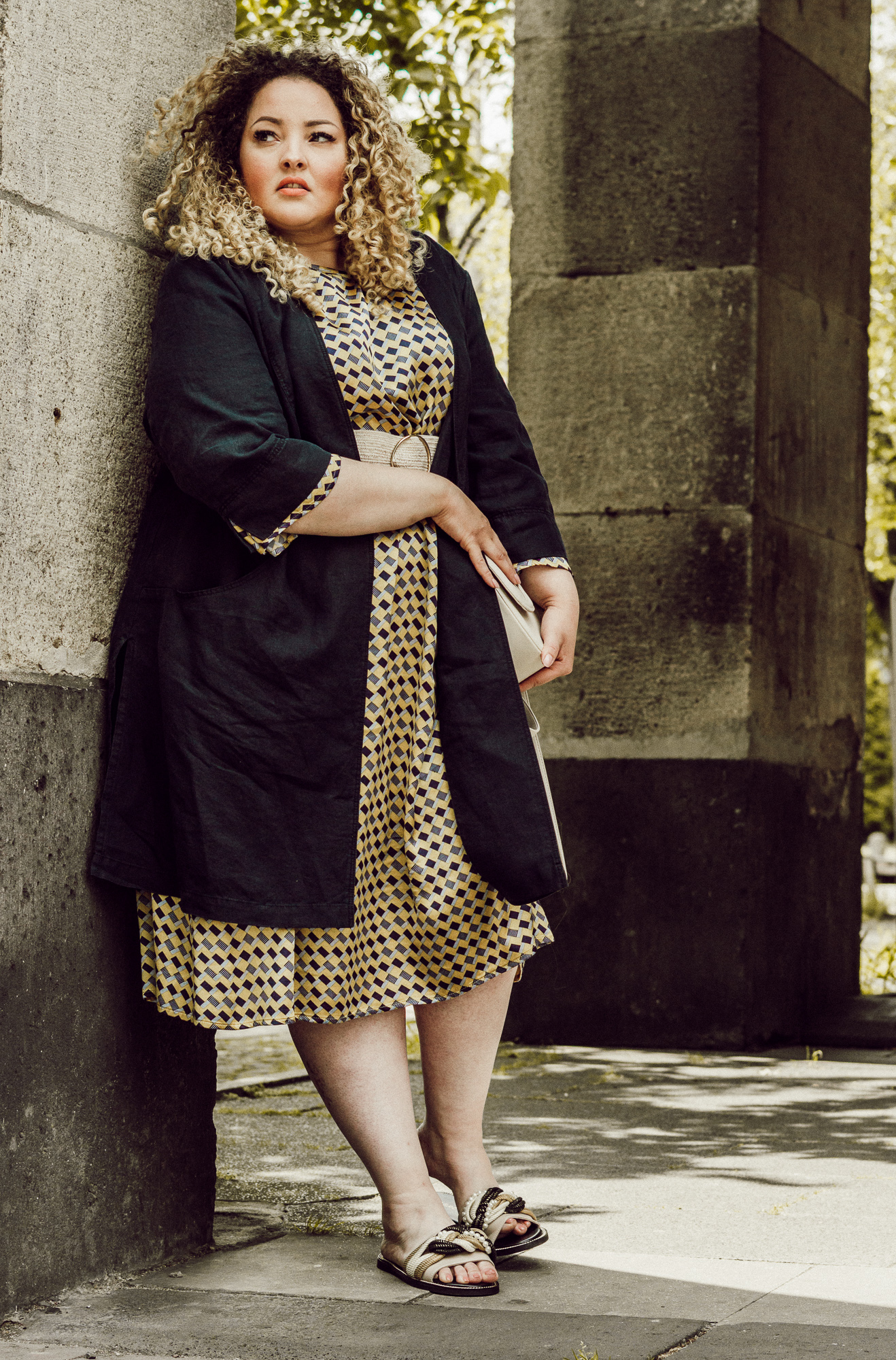 mia_infatstyle_@infatstyle:_blogger_kurvig_große_größen_mode_fashion_blog_model_curvymodel