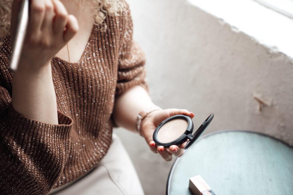 infatstyle_mia_puder_mac_skin_blot_makeup_erfahrungen_review_blog_blogger